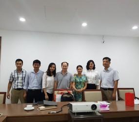 Đại diện Dlab Trung Quốc sang thăm công ty Đông Dương